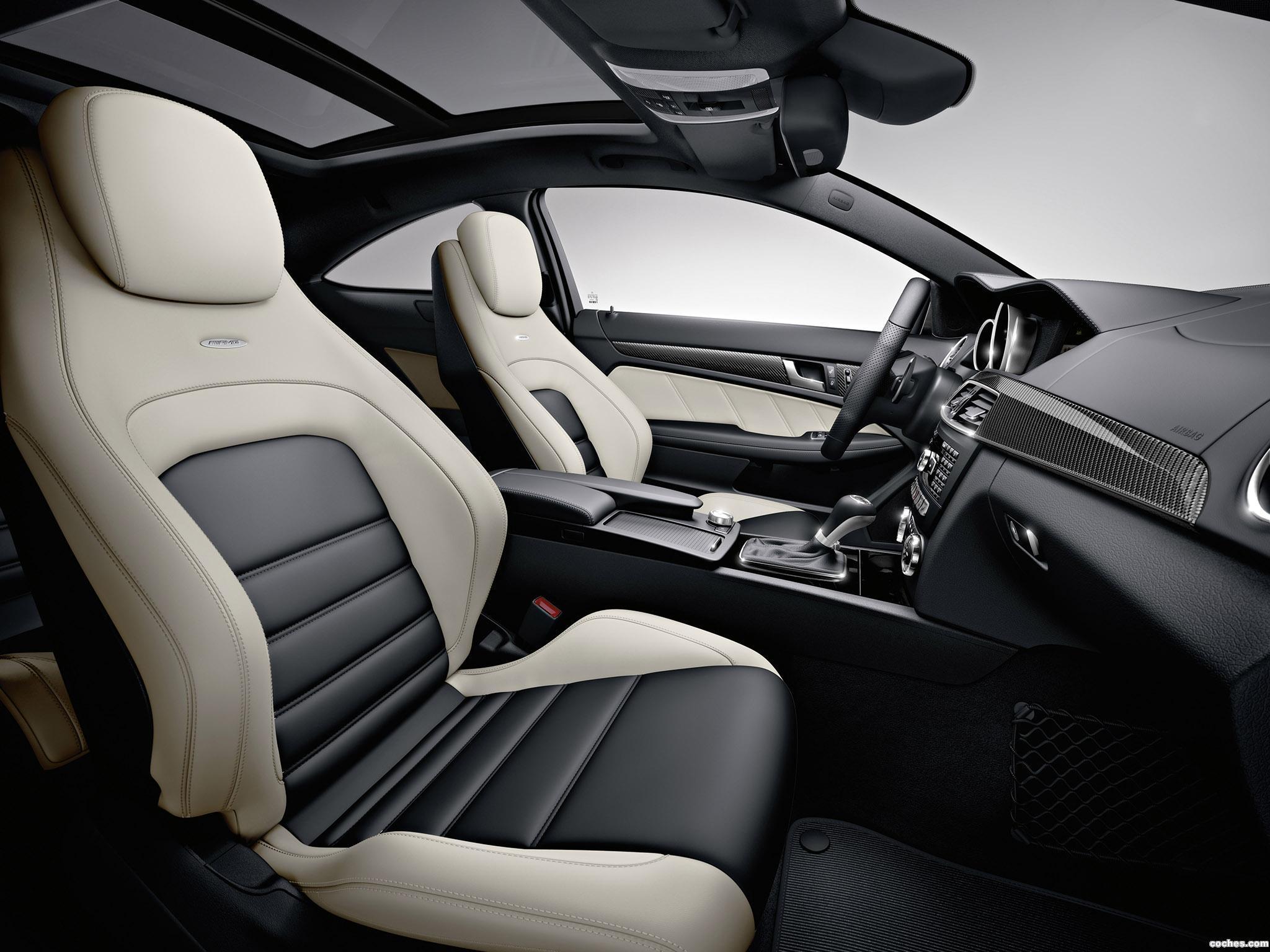 Foto 27 de Mercedes Clase C AMG C63 Coupe  2011