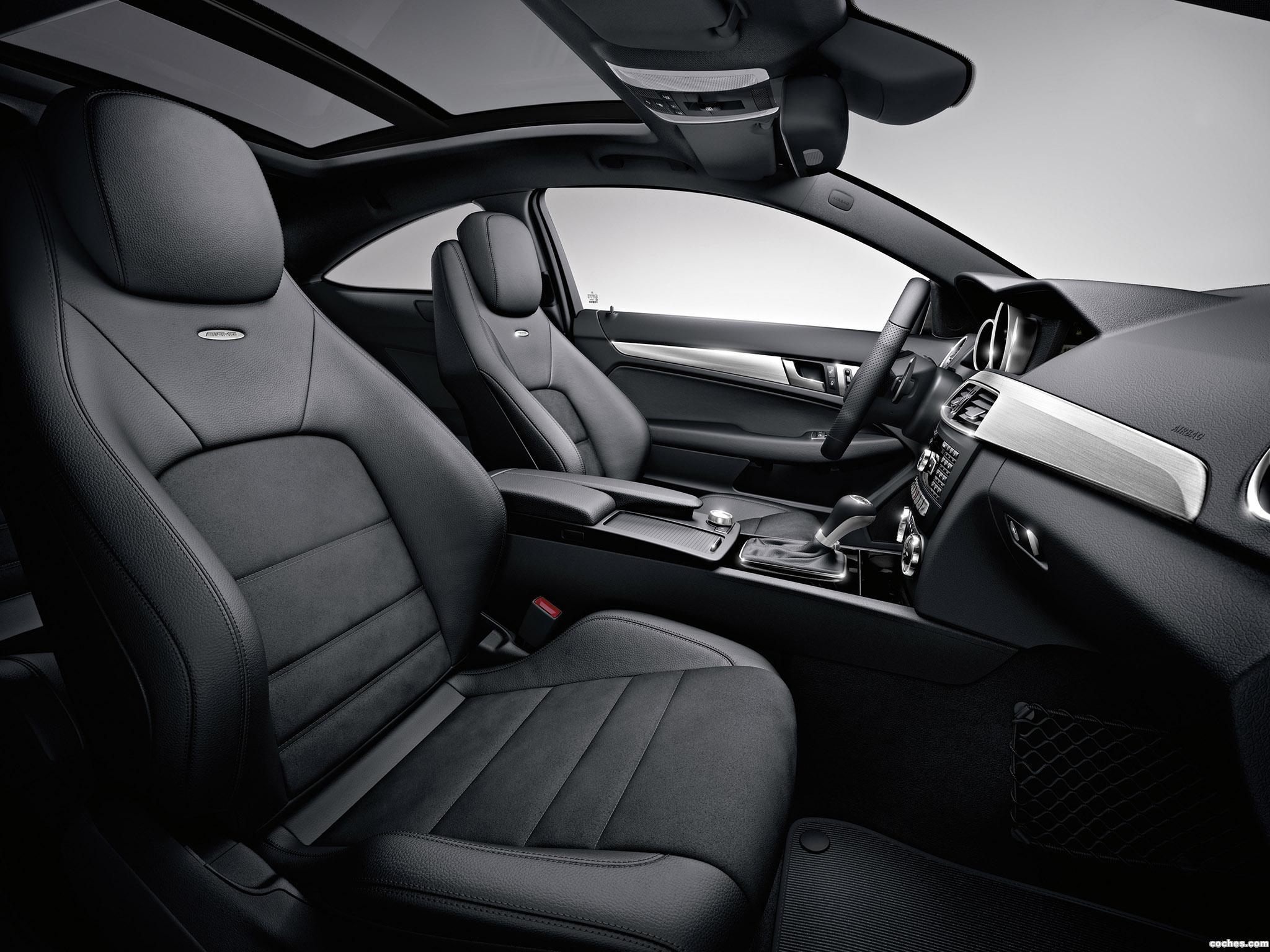 Foto 26 de Mercedes Clase C AMG C63 Coupe  2011