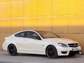 Ver foto 2 de Mercedes Clase C AMG C63 Coupe  2011