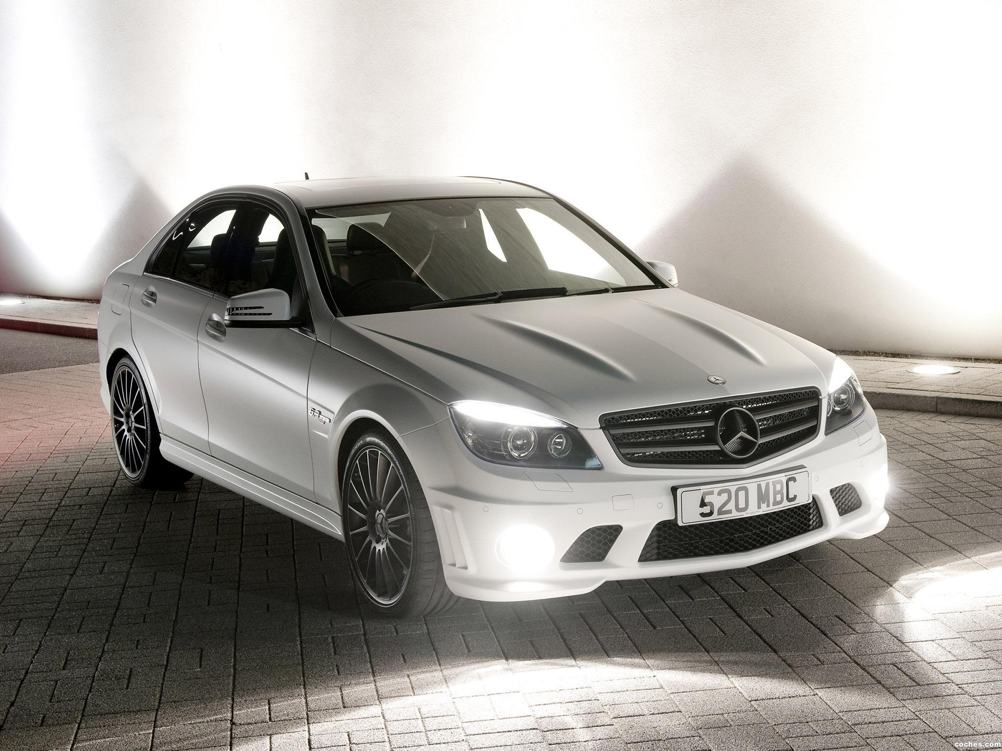 Foto 0 de Mercedes DR520 UK 2010