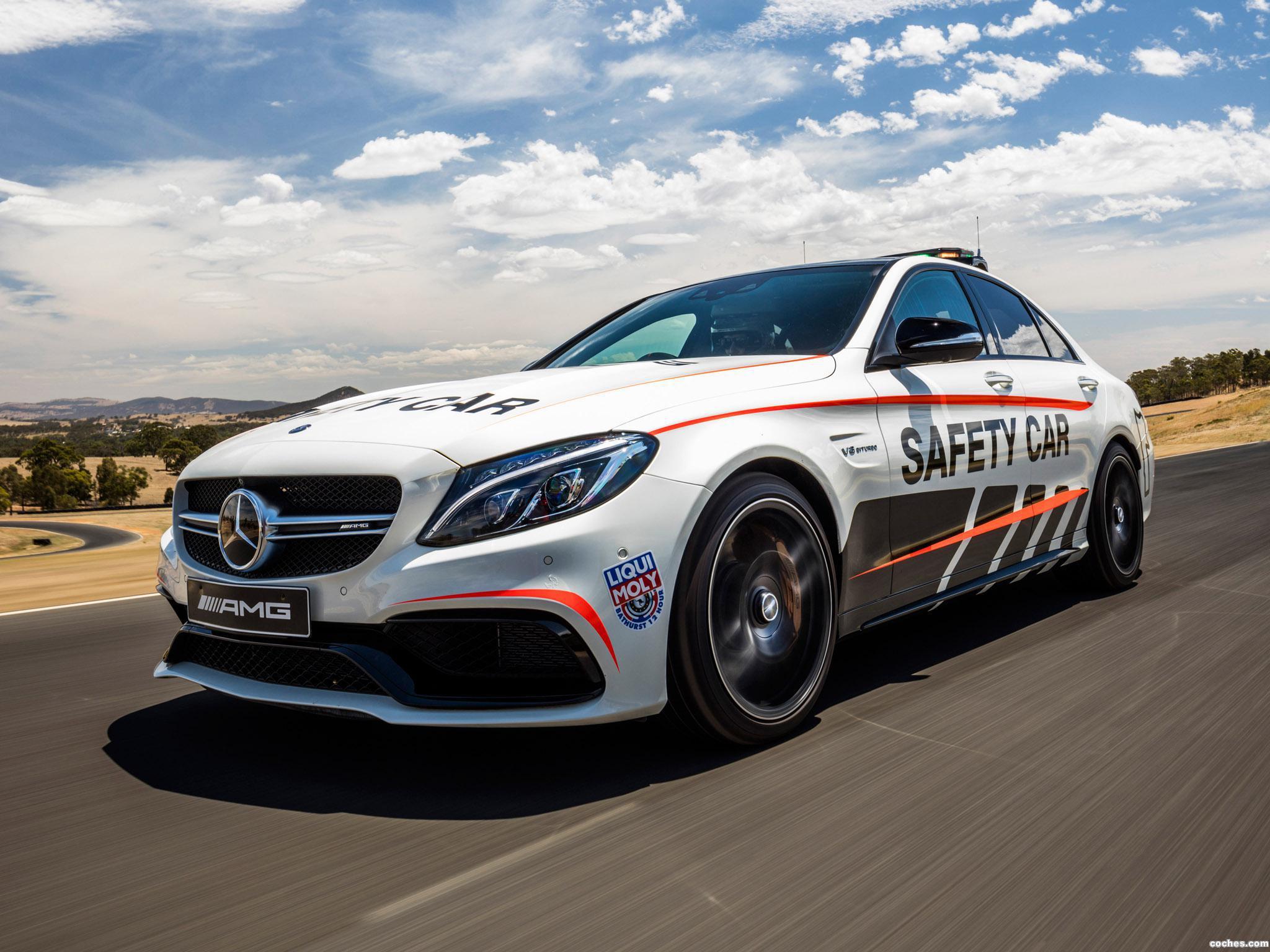 Foto 2 de Mercedes AMG C63 S Safety Car W205 2016
