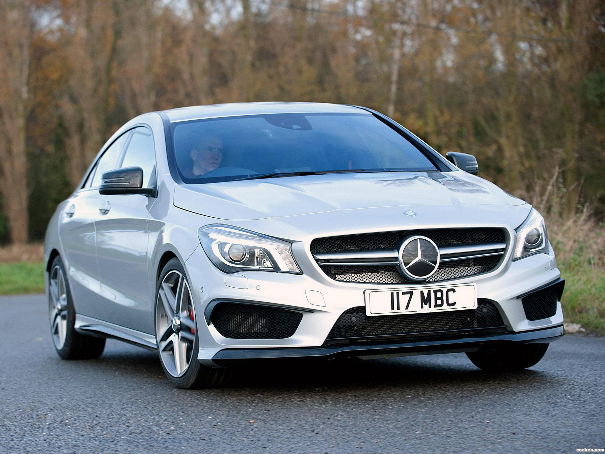 Foto 0 de Mercedes CLA 45 AMG C117 UK 2013