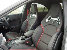 Ver foto 13 de Mercedes CLA 45 AMG C117 UK 2013