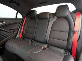 Ver foto 12 de Mercedes CLA 45 AMG C117 UK 2013