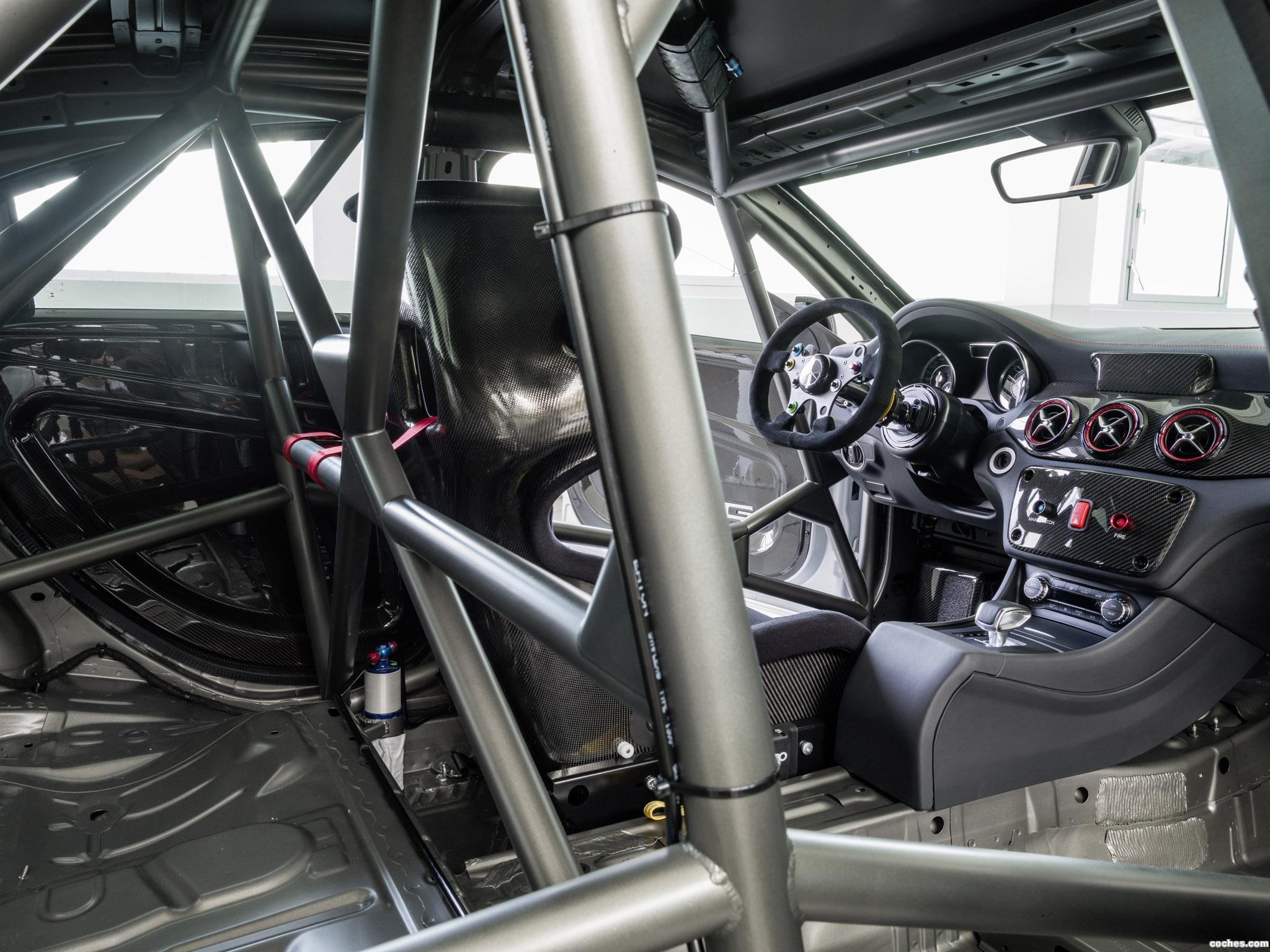 Foto 1 de Mercedes Clase CLA 45 AMG Racing Series 2013