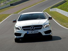 Ver foto 9 de Mercedes Clase CLA 45 AMG Edition 1 C117 2013