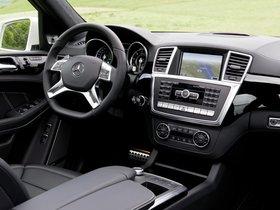 Ver foto 12 de Mercedes Clase GL AMG 63 X166 2012