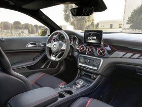 Ver foto 39 de Mercedes-AMG GLA 45 4Matic 2017