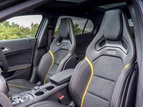 Ver foto 36 de Mercedes AMG GLA 45 4MATIC Yellow Night Edition X156 UK 2017