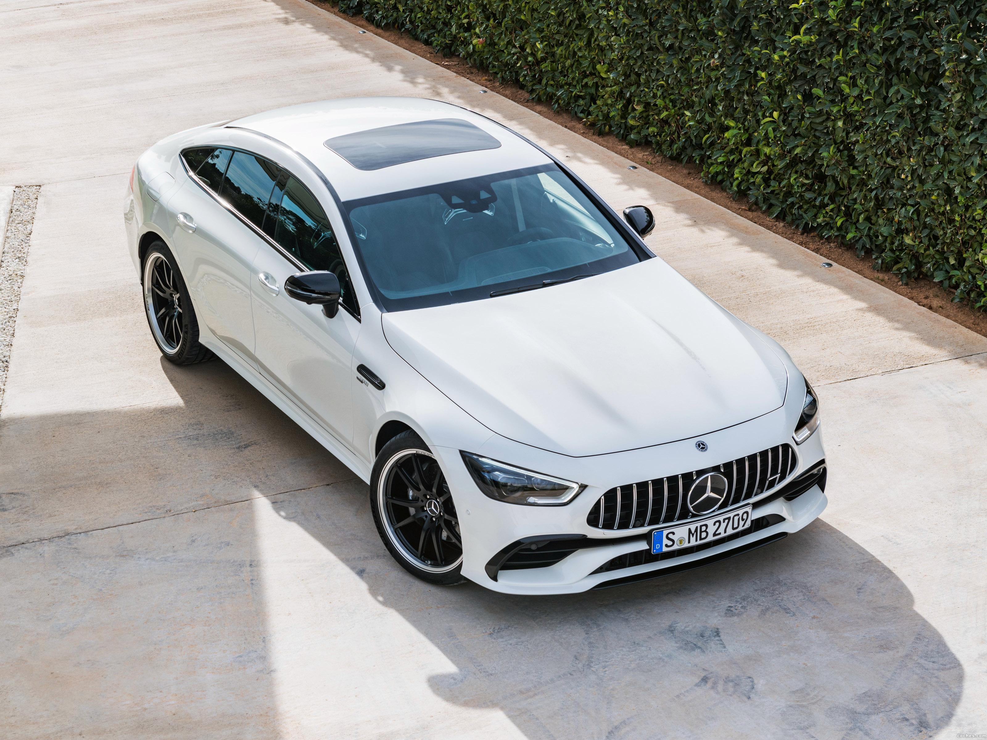 Foto 0 de Mercedes AMG GT 53 4MATIC 4 puertas Coupe 2018