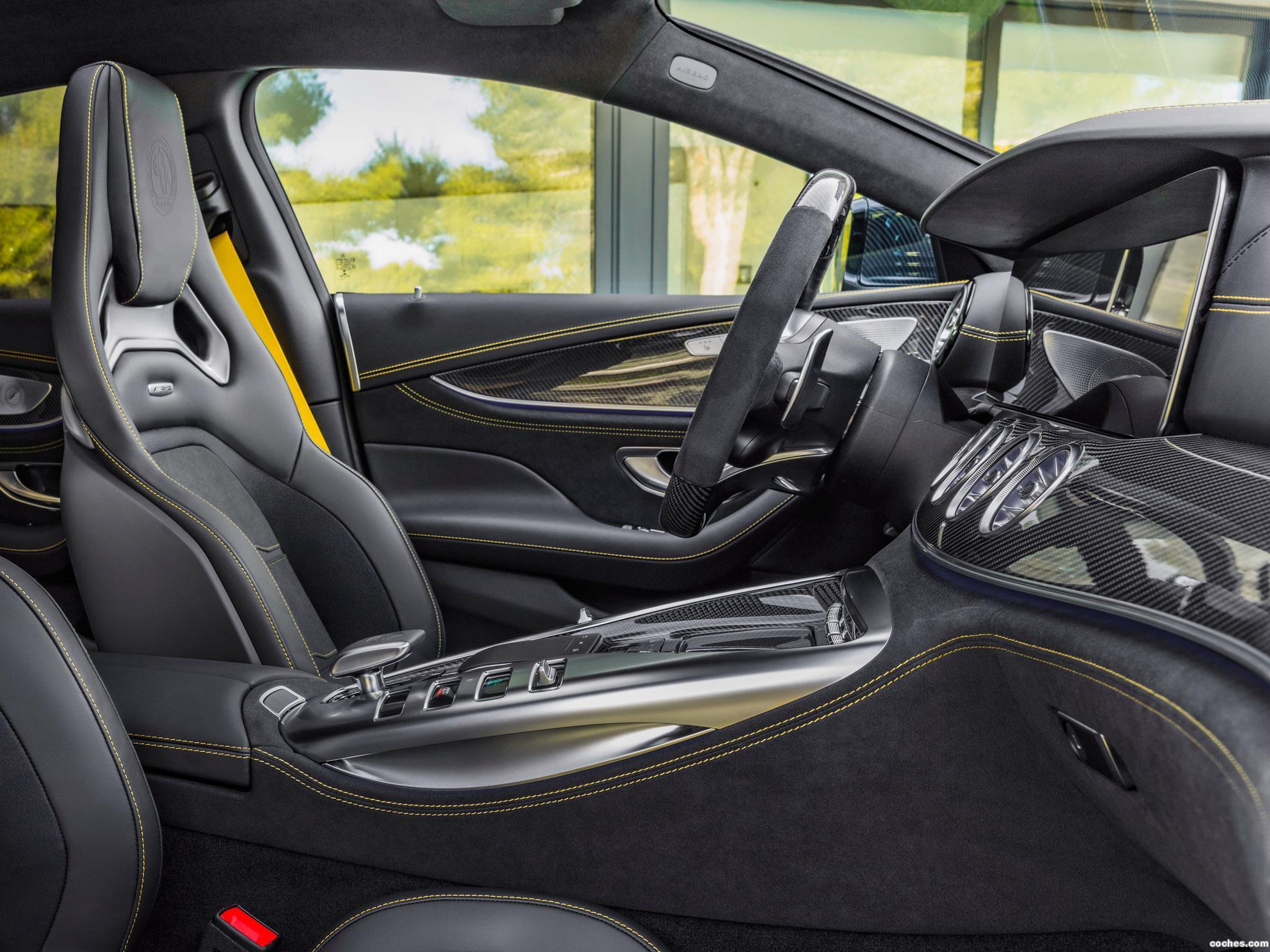 Foto 30 de Mercedes AMG GT 63 S 4MATIC 4 puertas Coupe 2018