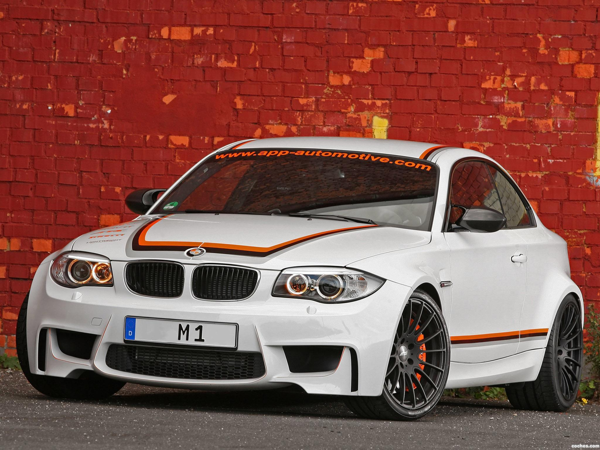 Foto 0 de BMW App Automotive Serie 1 M Coupe E82 2011