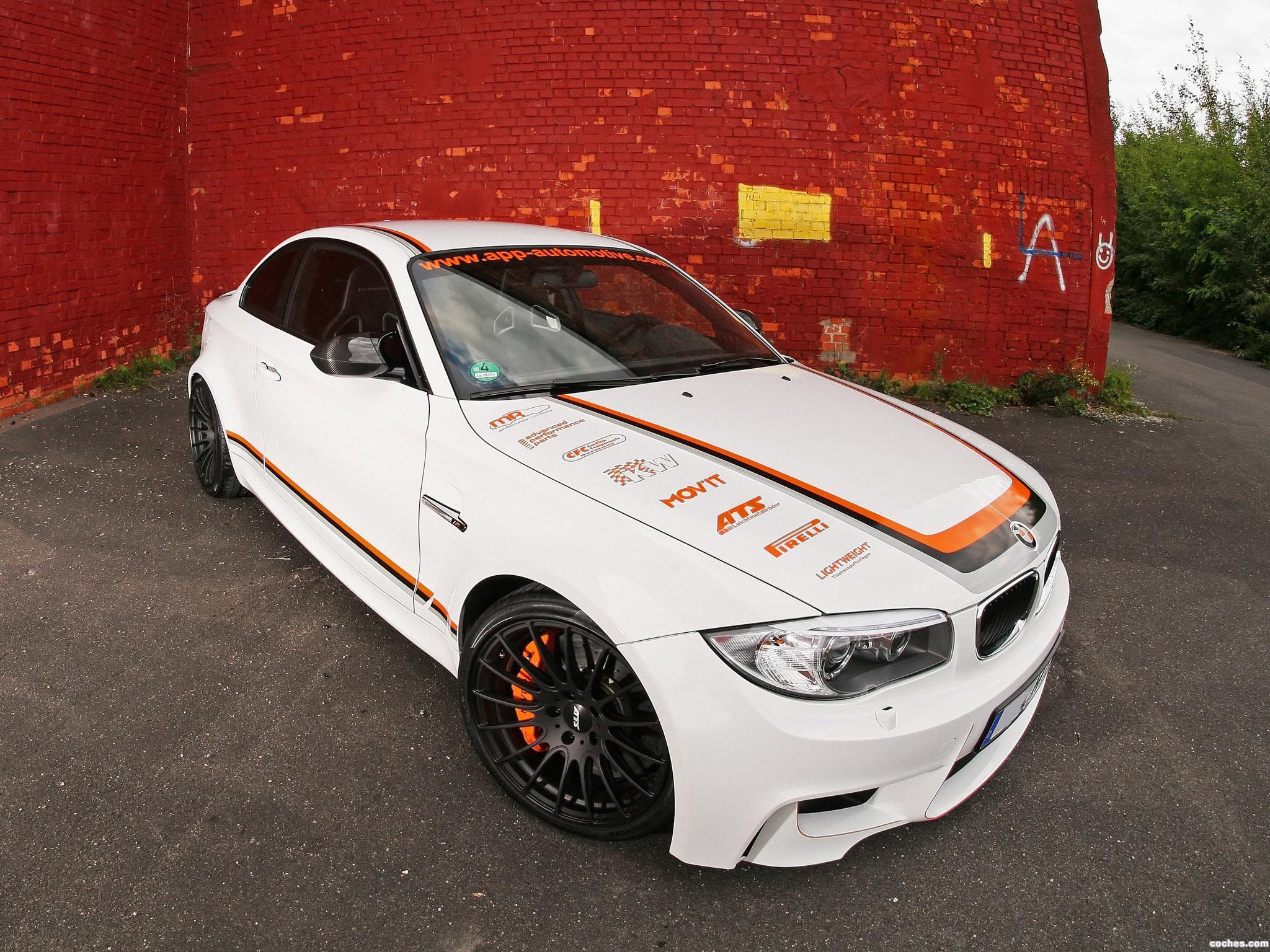 Foto 7 de BMW App Automotive Serie 1 M Coupe E82 2011