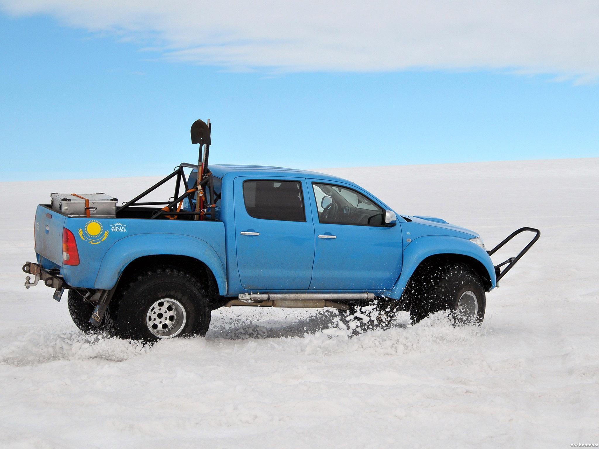 Foto 13 de Arctic Trucks Toyota Hilux AT44 South Pole Expedition 2010