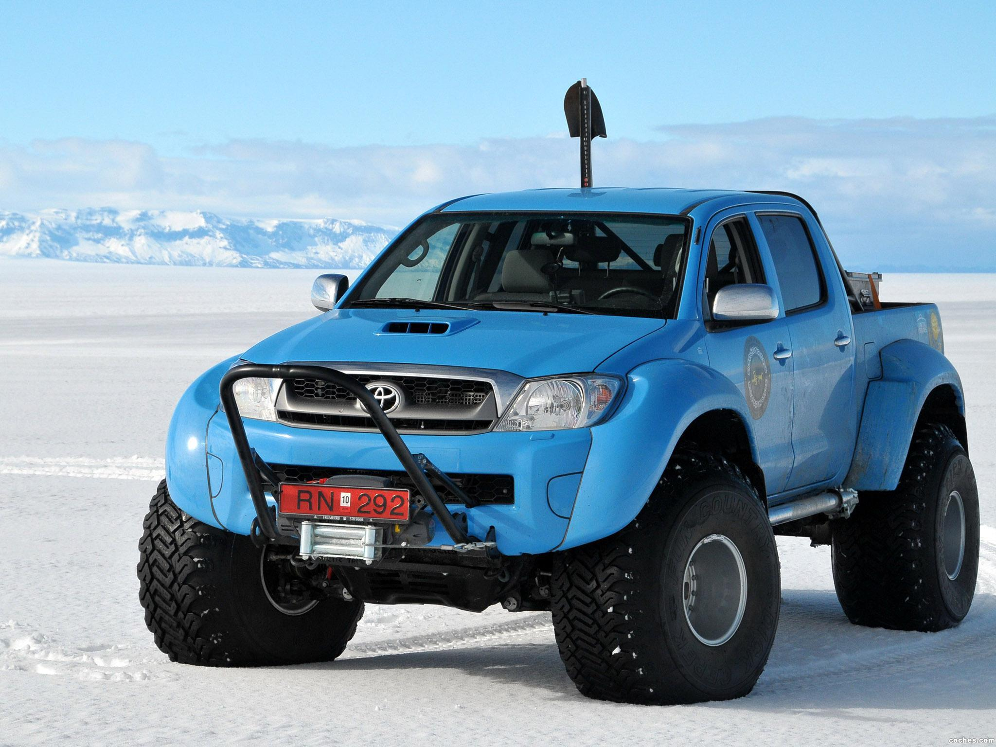 Foto 0 de Arctic Trucks Toyota Hilux AT44 South Pole Expedition 2010