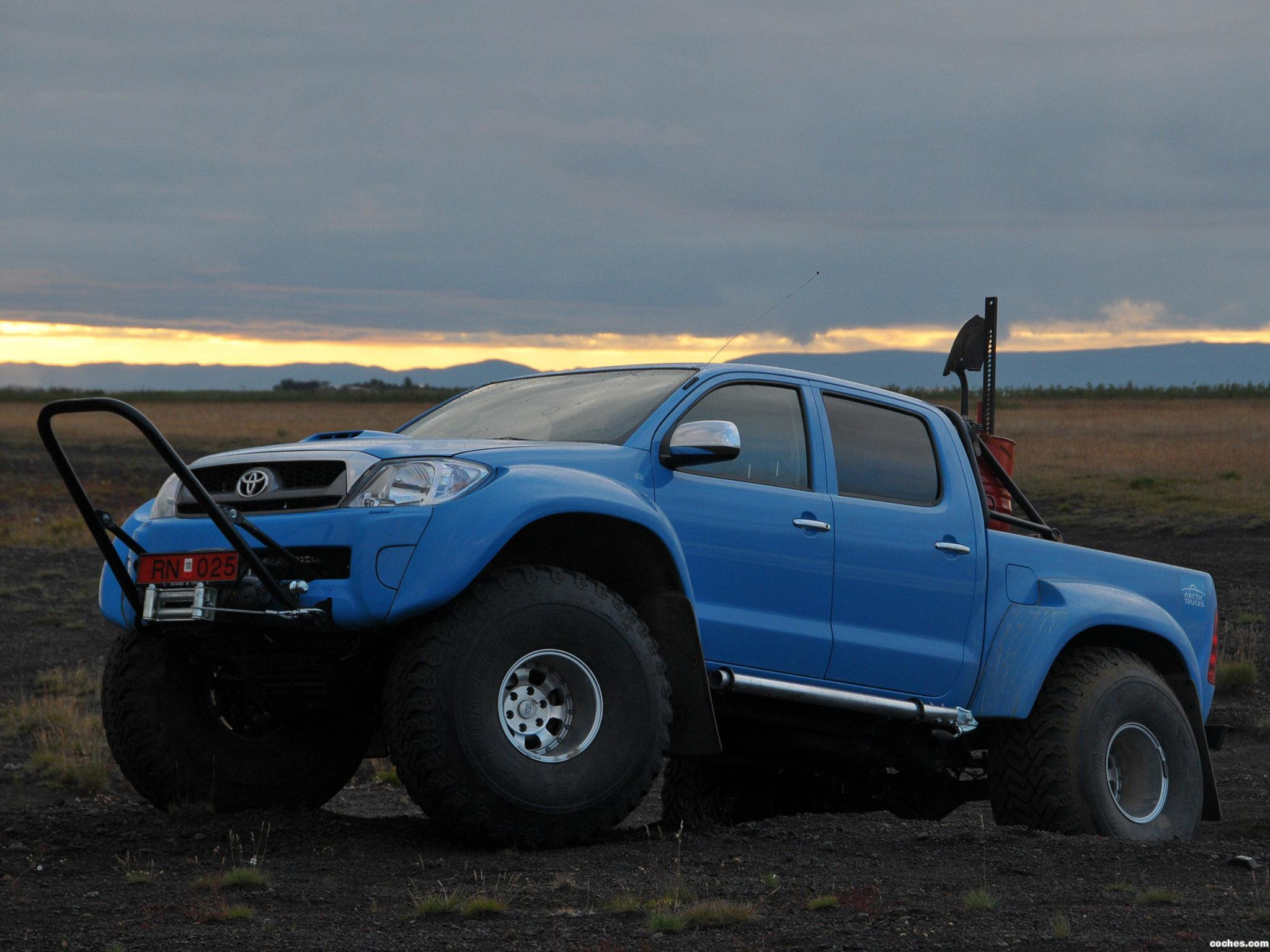 Foto 17 de Arctic Trucks Toyota Hilux AT44 South Pole Expedition 2010
