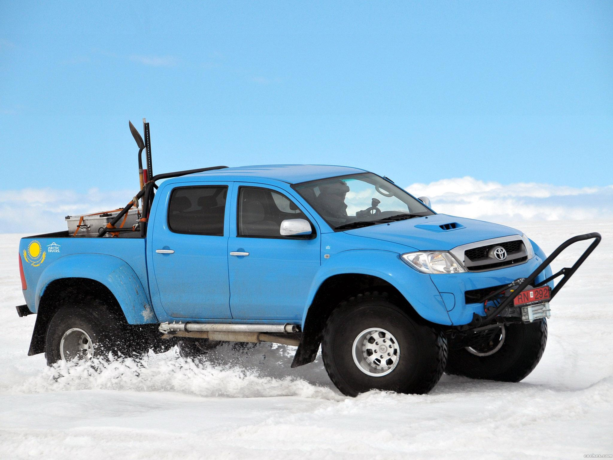 Foto 15 de Arctic Trucks Toyota Hilux AT44 South Pole Expedition 2010