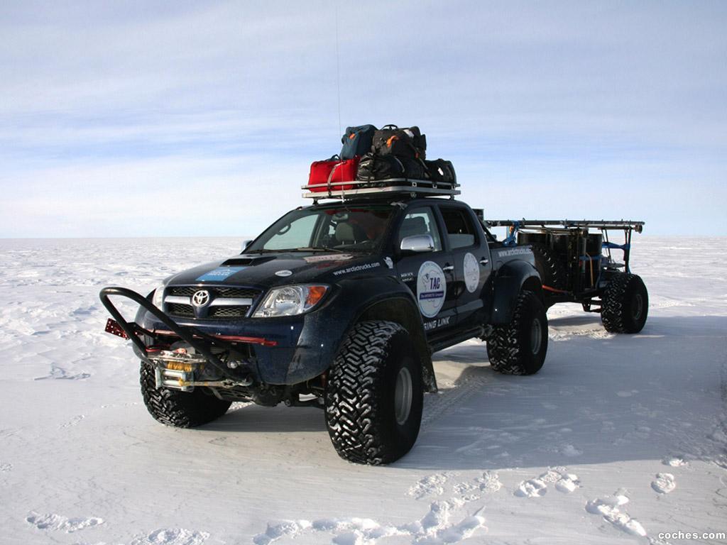 Foto 0 de Arctic Trucks Toyota Hilux AT44 TAC 2009