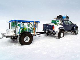 Ver foto 2 de Arctic Trucks Toyota Hilux AT44 TAC 2009