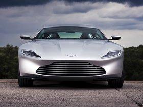 Ver foto 16 de Aston Martin DB10 2015