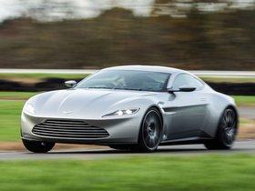 Ver foto 8 de Aston Martin DB10 2015