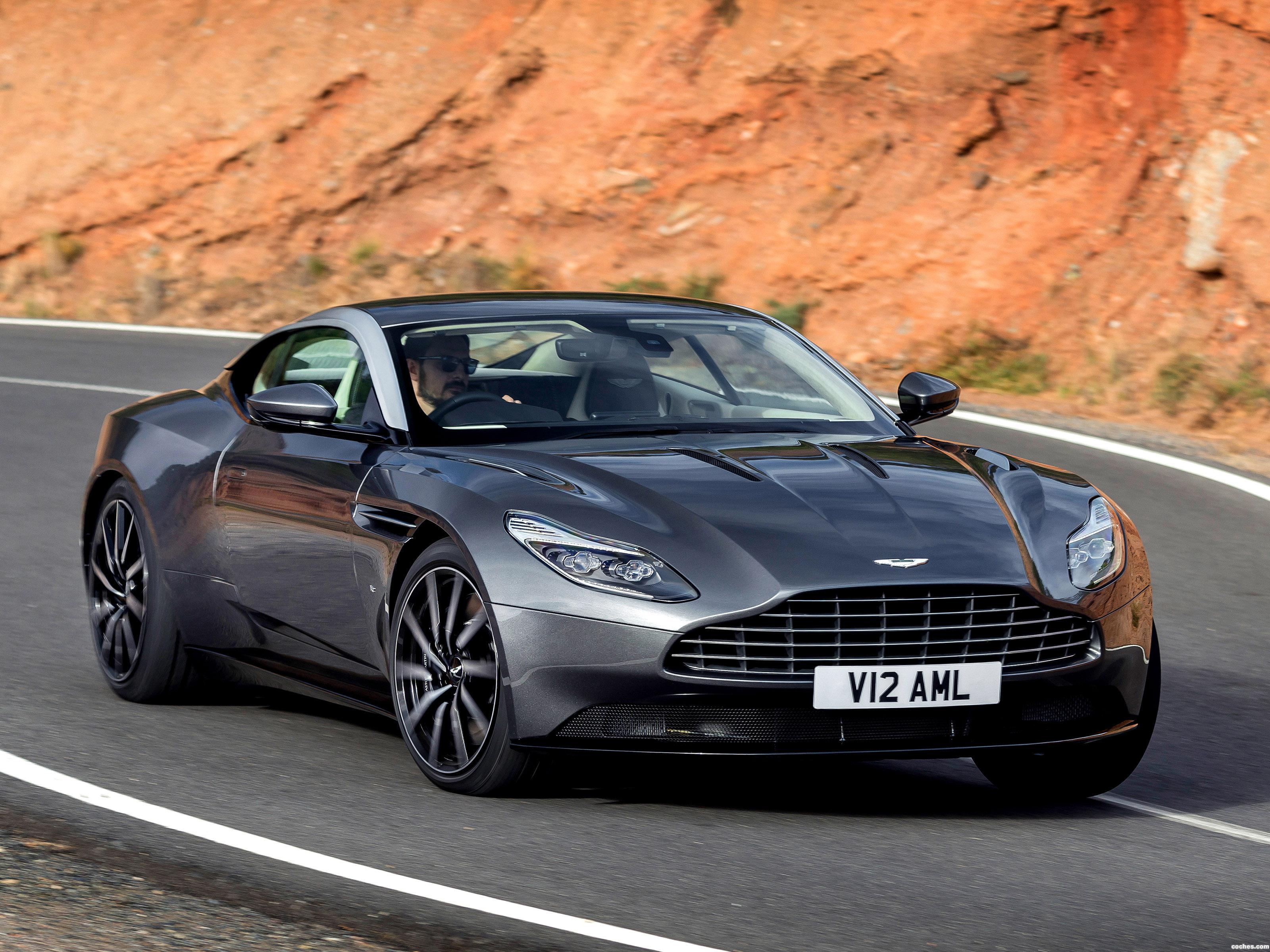 Foto 0 de Aston Martin DB11 UK 2016