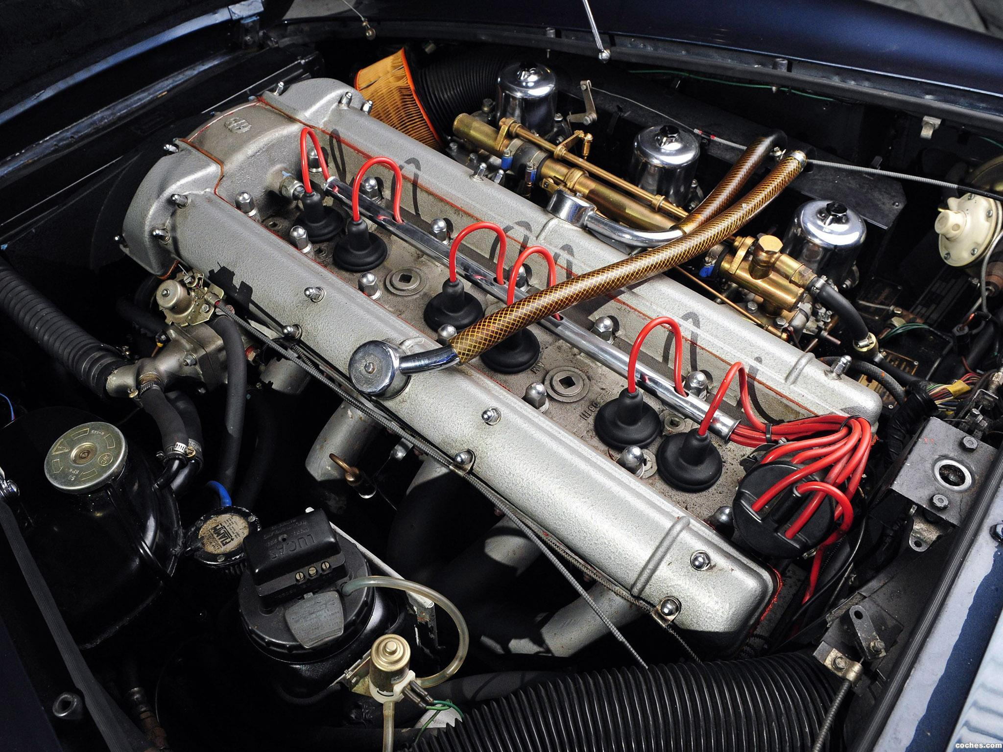 Foto 16 de Aston Martin DB6 Volante 1965