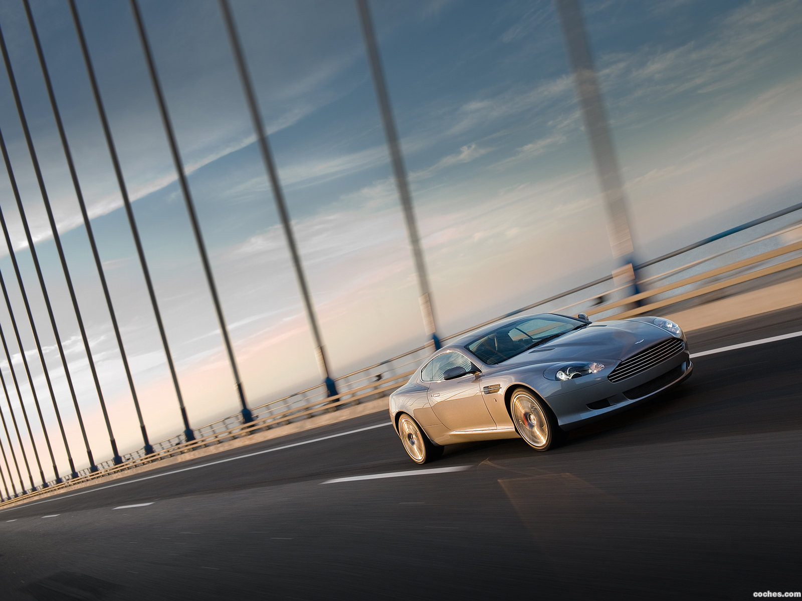Foto 3 de Aston Martin DB9 Coupe 2009
