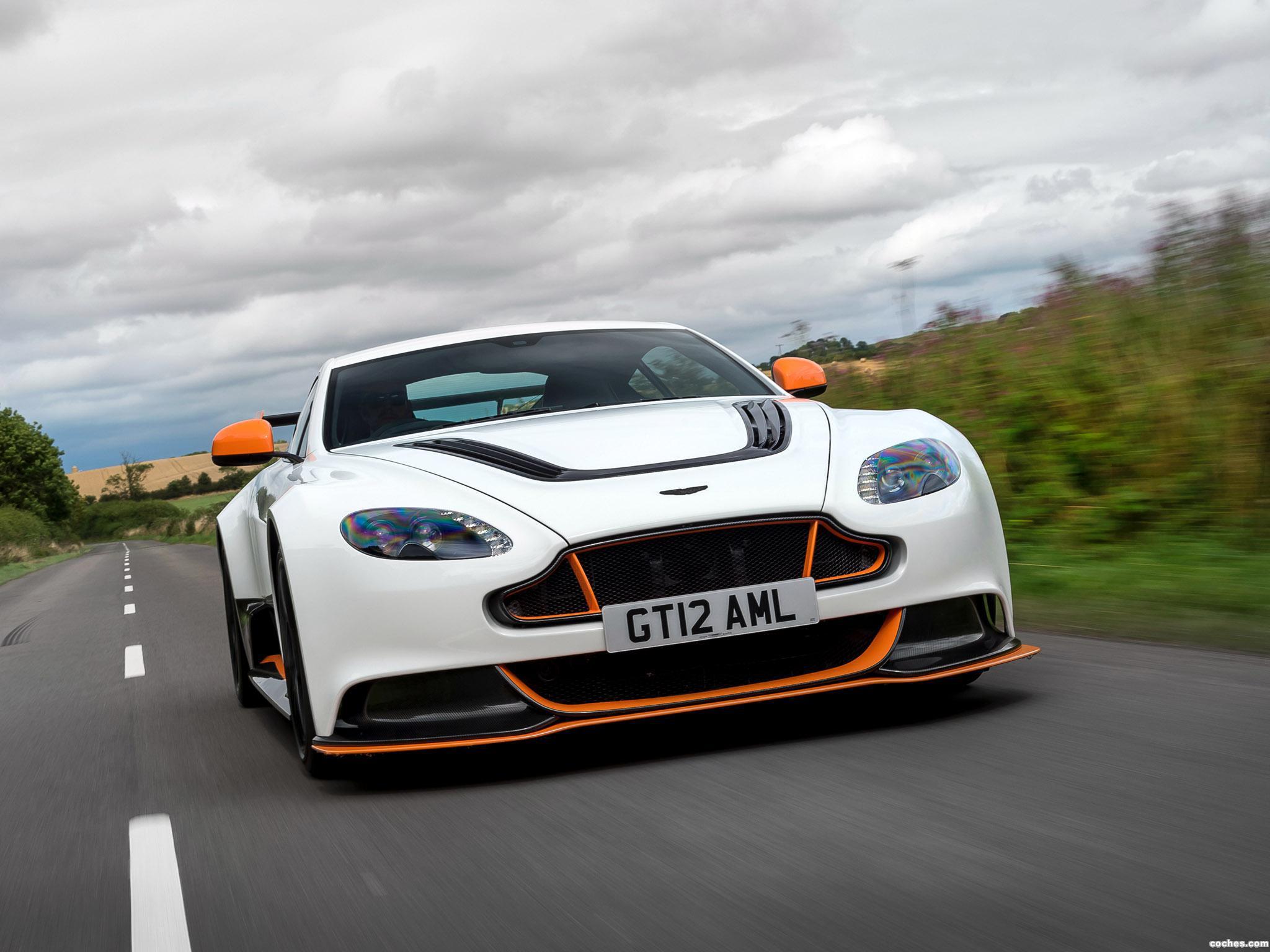 Foto 18 de Aston Martin V12 Vantage GT12 UK 2015