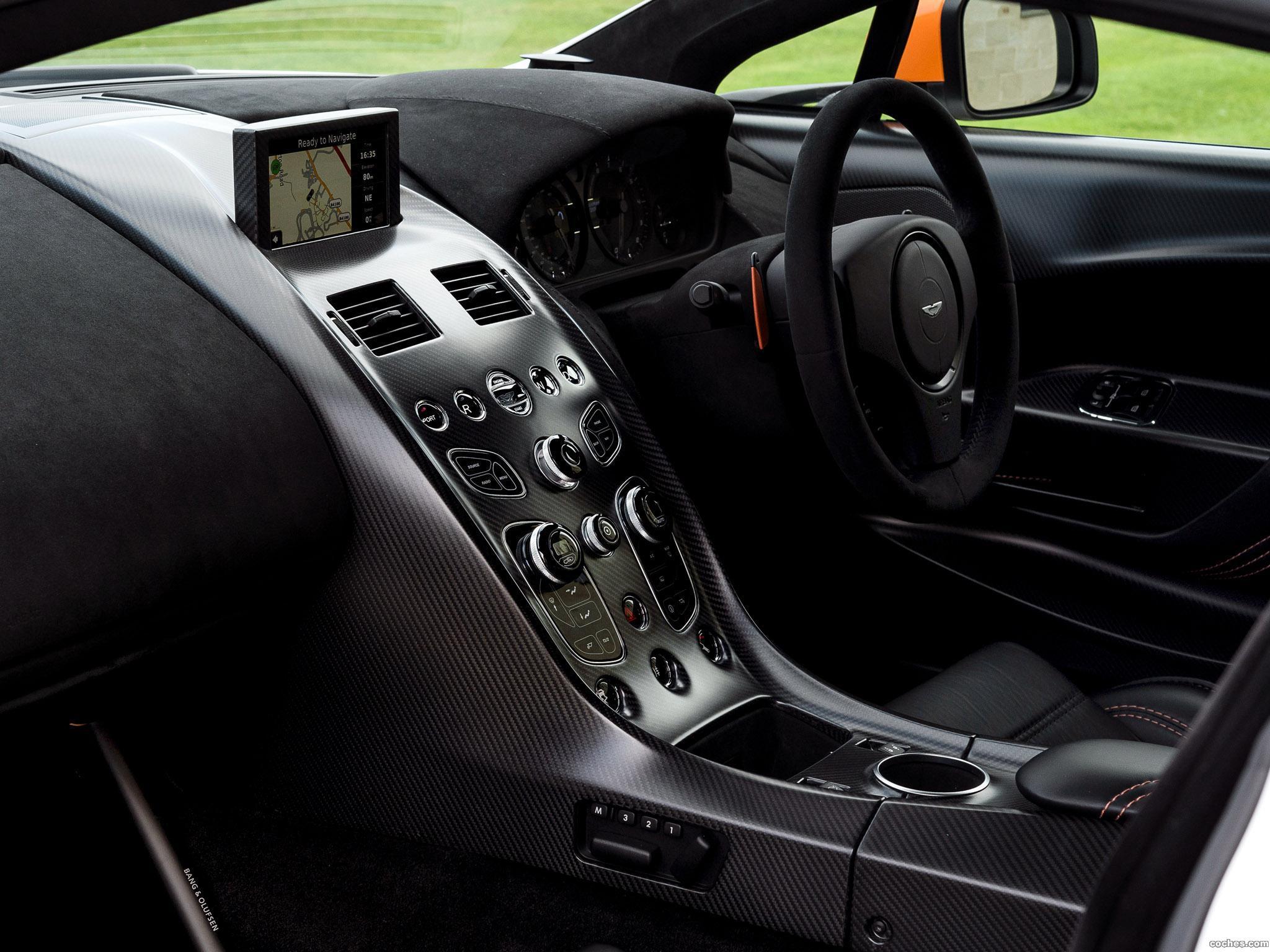 Foto 28 de Aston Martin V12 Vantage GT12 UK 2015