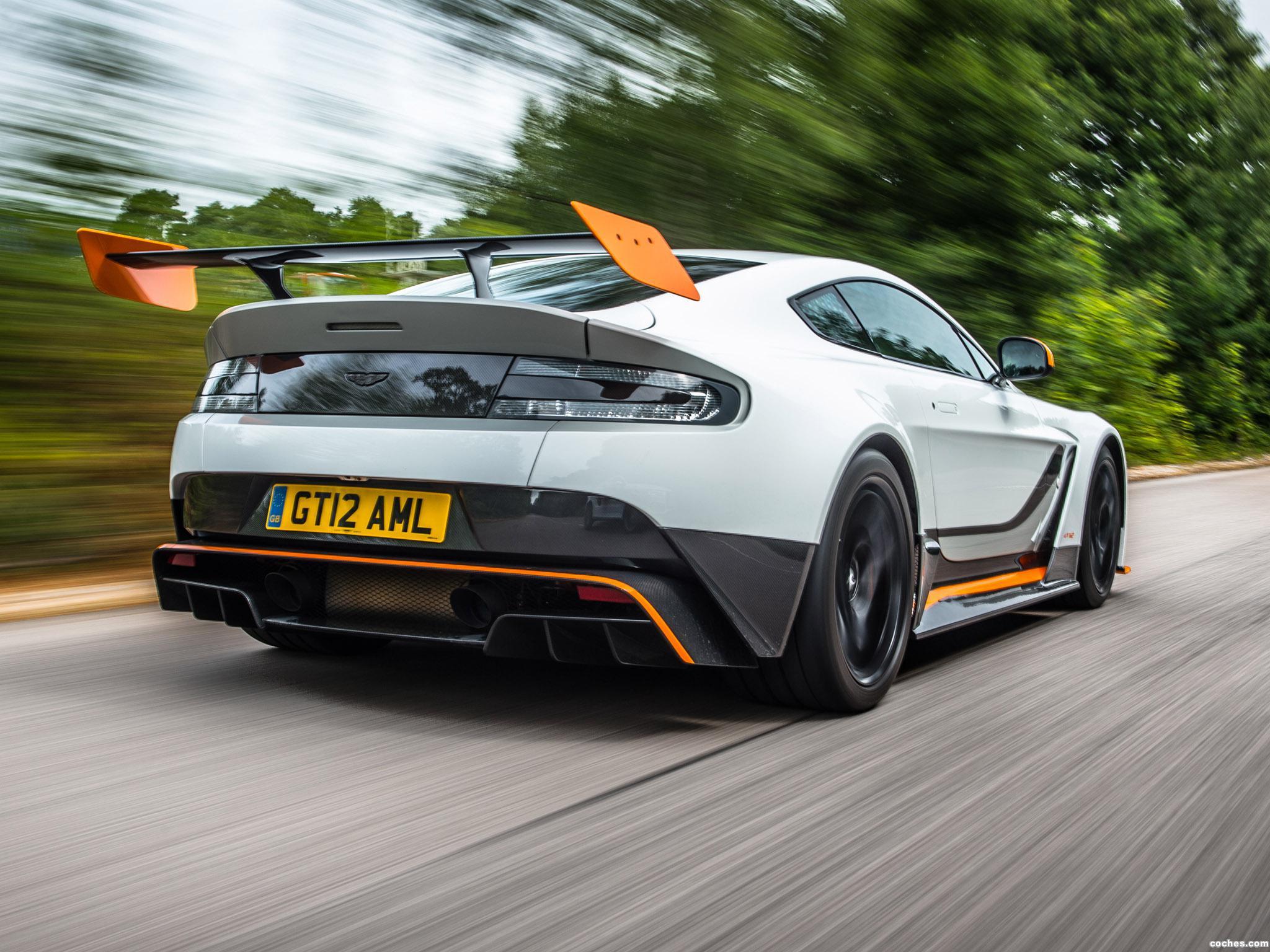 Foto 9 de Aston Martin V12 Vantage GT12 UK 2015
