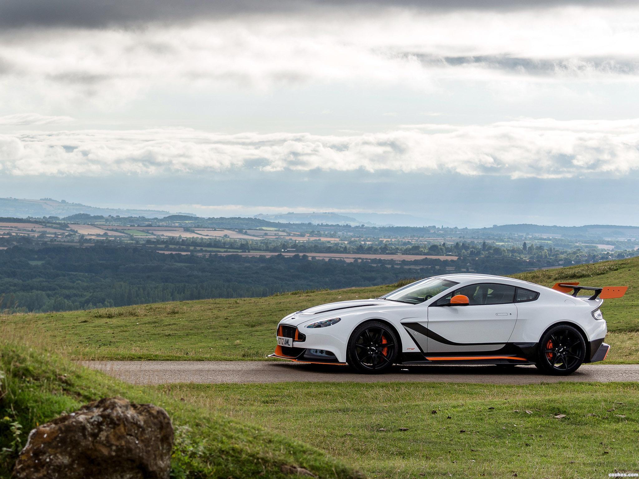 Foto 6 de Aston Martin V12 Vantage GT12 UK 2015