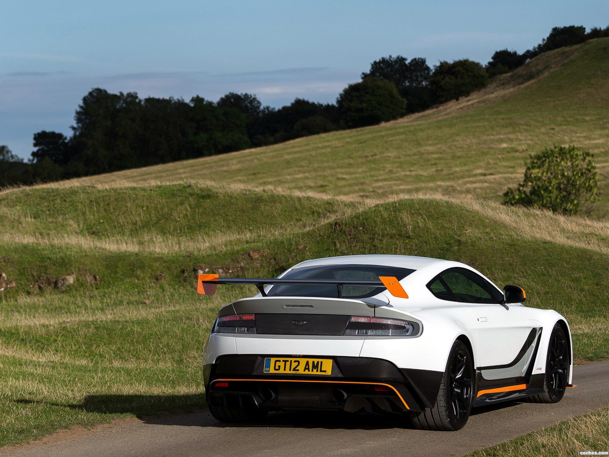 Foto 5 de Aston Martin V12 Vantage GT12 UK 2015