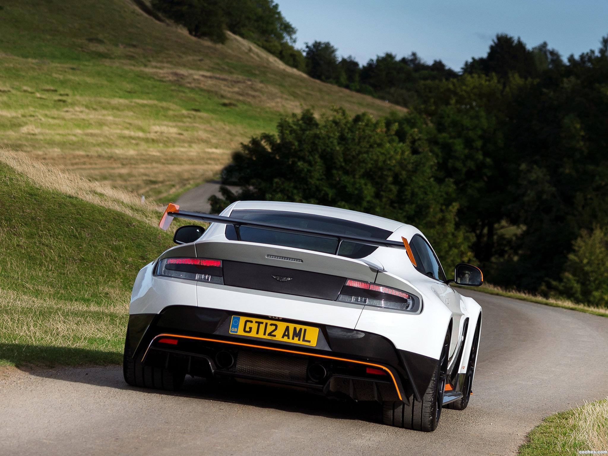 Foto 4 de Aston Martin V12 Vantage GT12 UK 2015