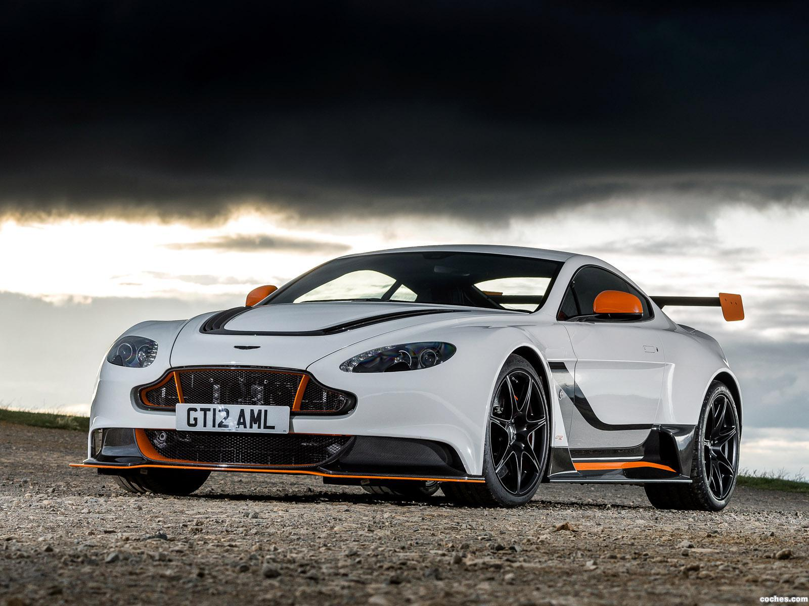 Foto 24 de Aston Martin V12 Vantage GT12 UK 2015