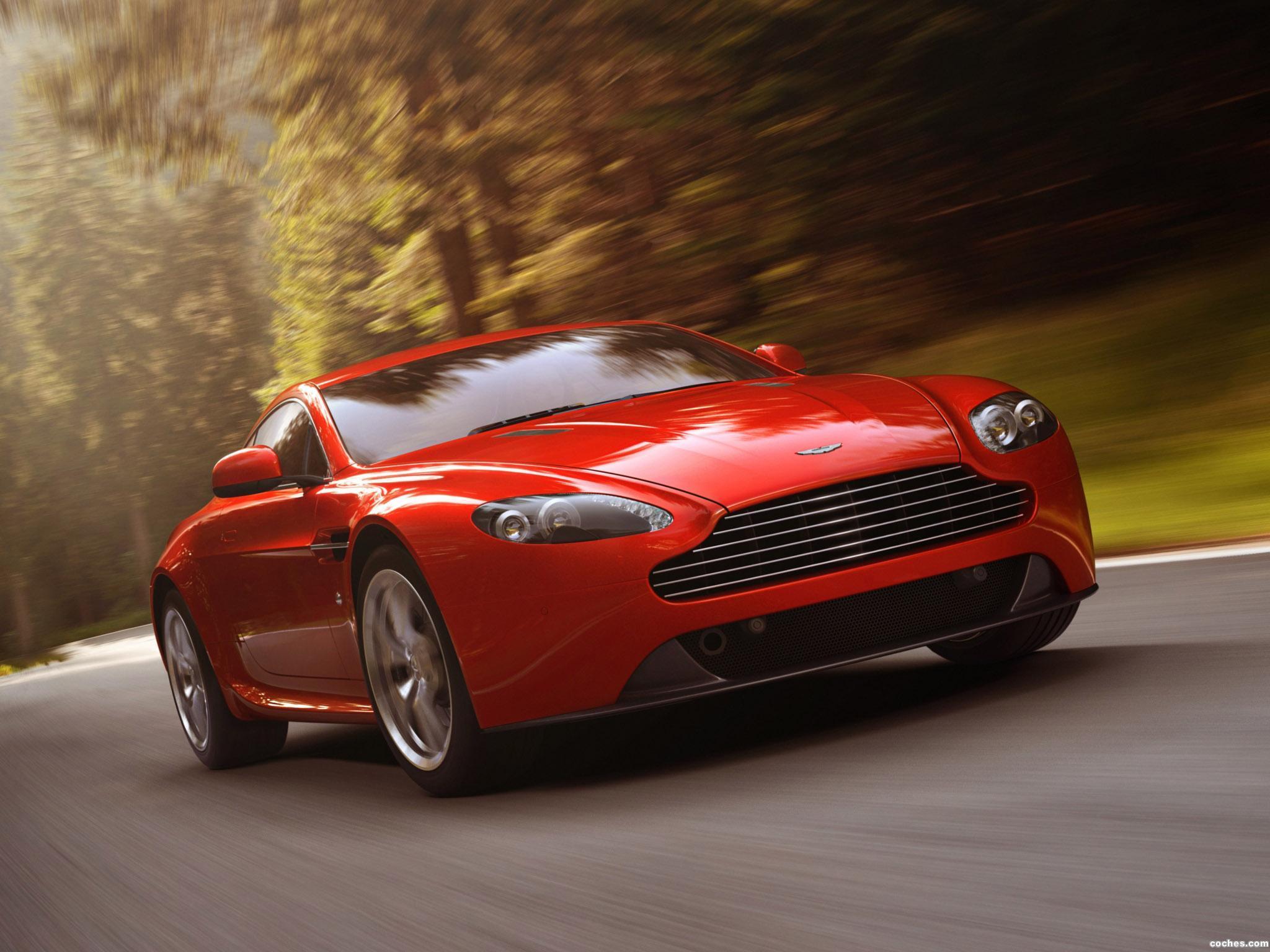 Foto 0 de Aston Martin V8 Vantage 2012