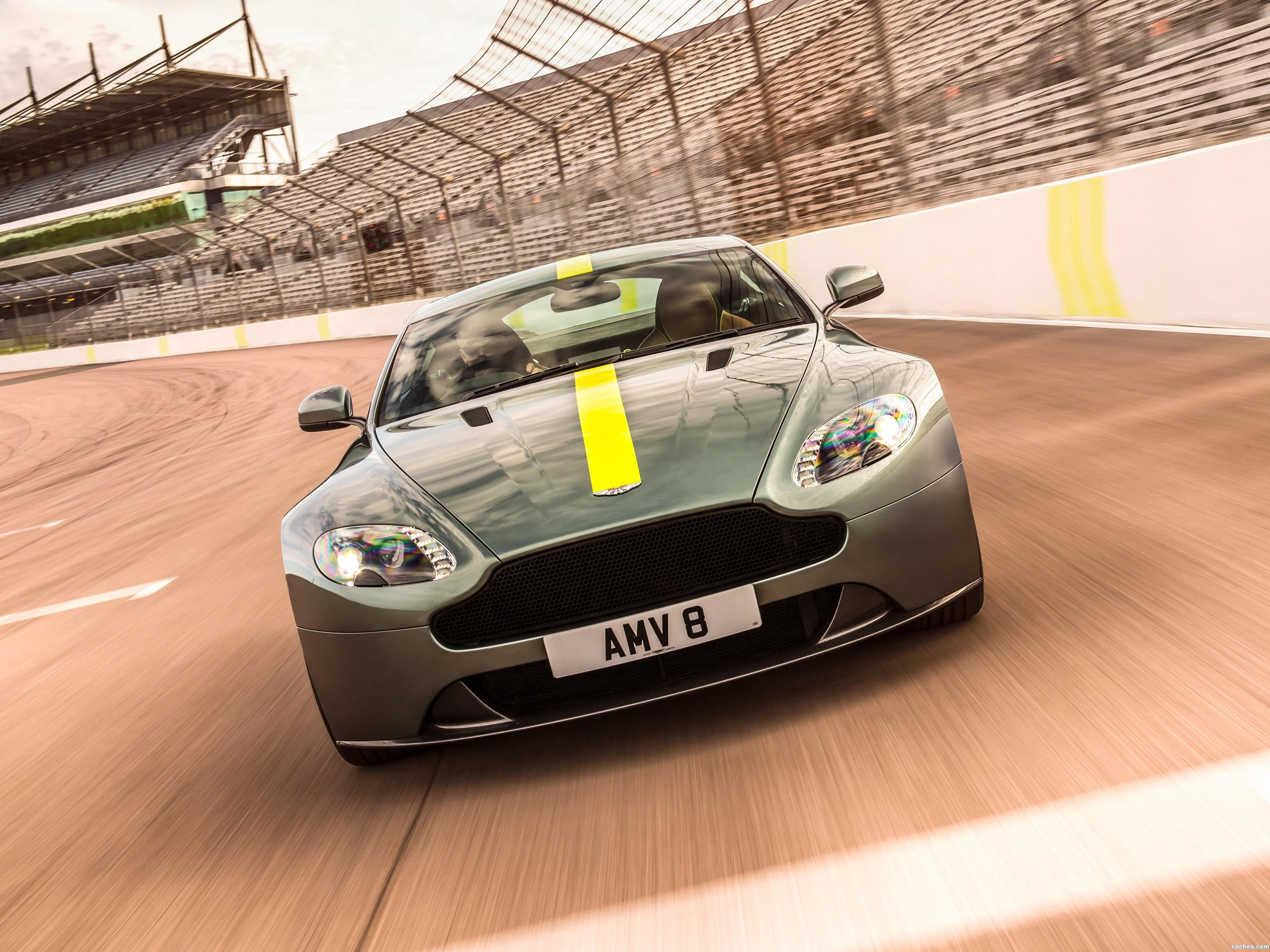 Foto 0 de Aston Martin V12 Vantage AMR UK 2017