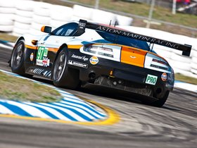 Ver foto 3 de Aston Martiin V8 Vantage GTE 2012