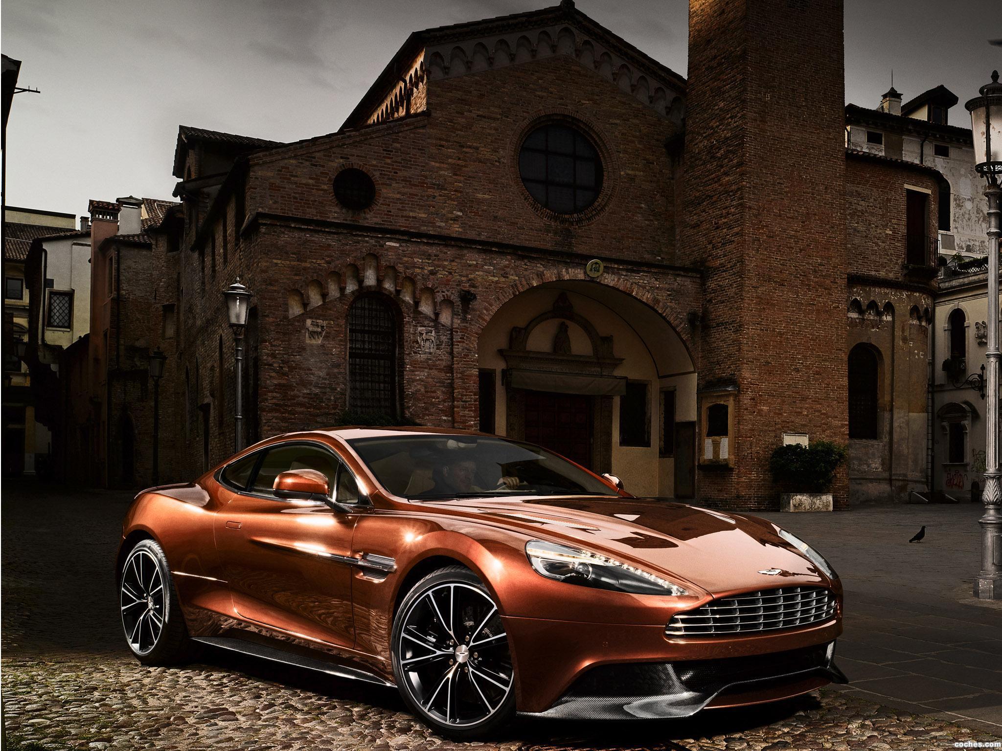 Foto 0 de Aston Martin Vanquish AM 310 2012
