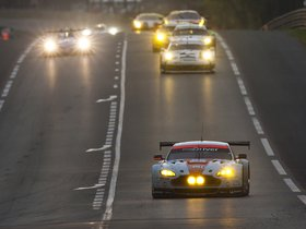 Ver foto 11 de Aston Martin V8 Vantage GTE 2014