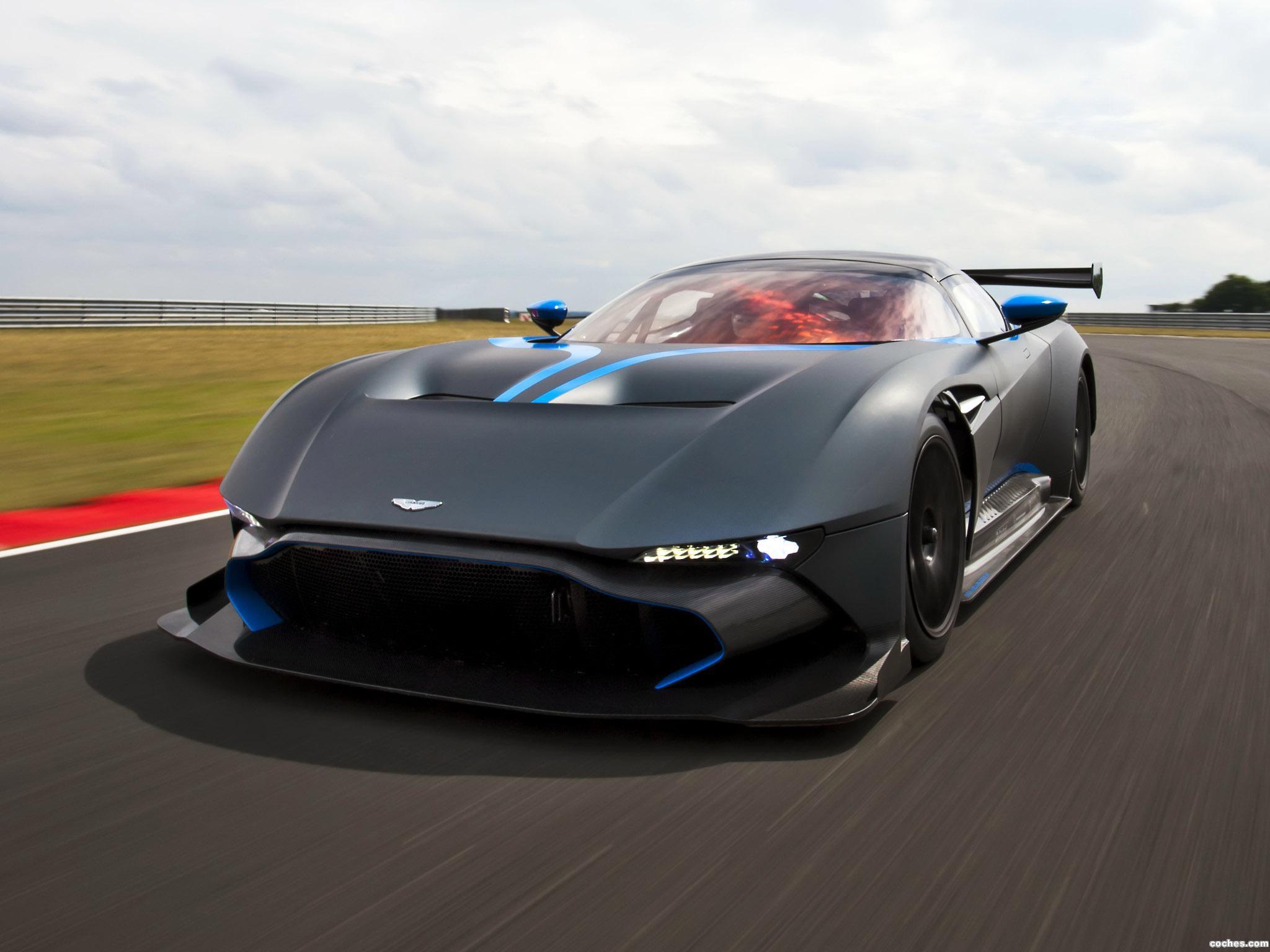Foto 1 de Aston Martin Vulcan 2015