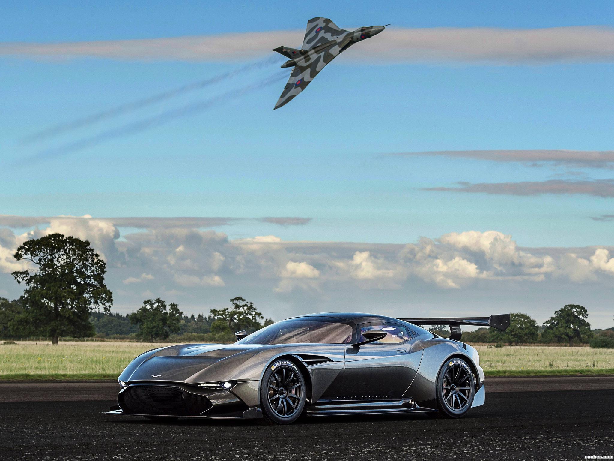 Foto 16 de Aston Martin Vulcan 2015