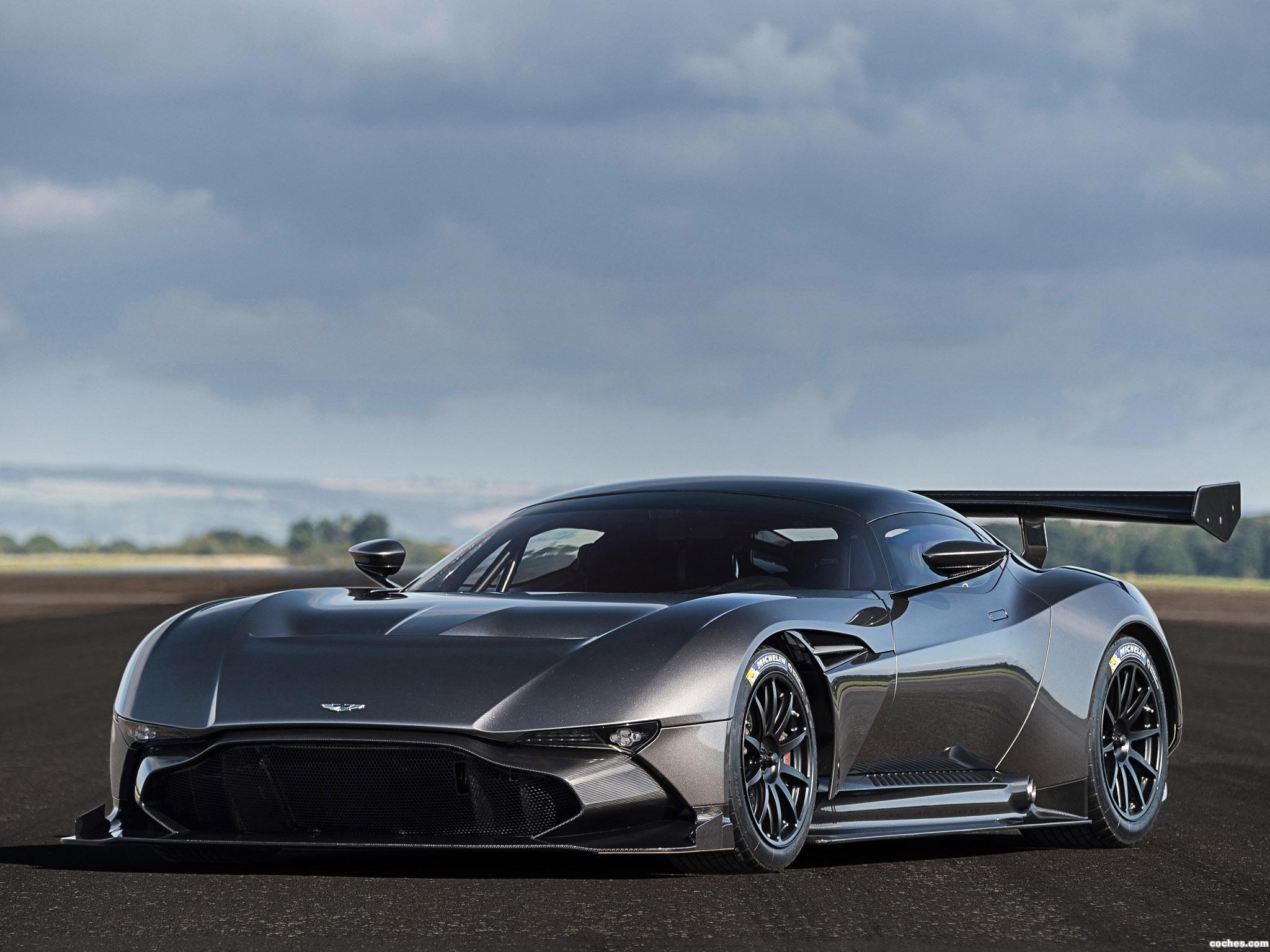 Foto 15 de Aston Martin Vulcan 2015