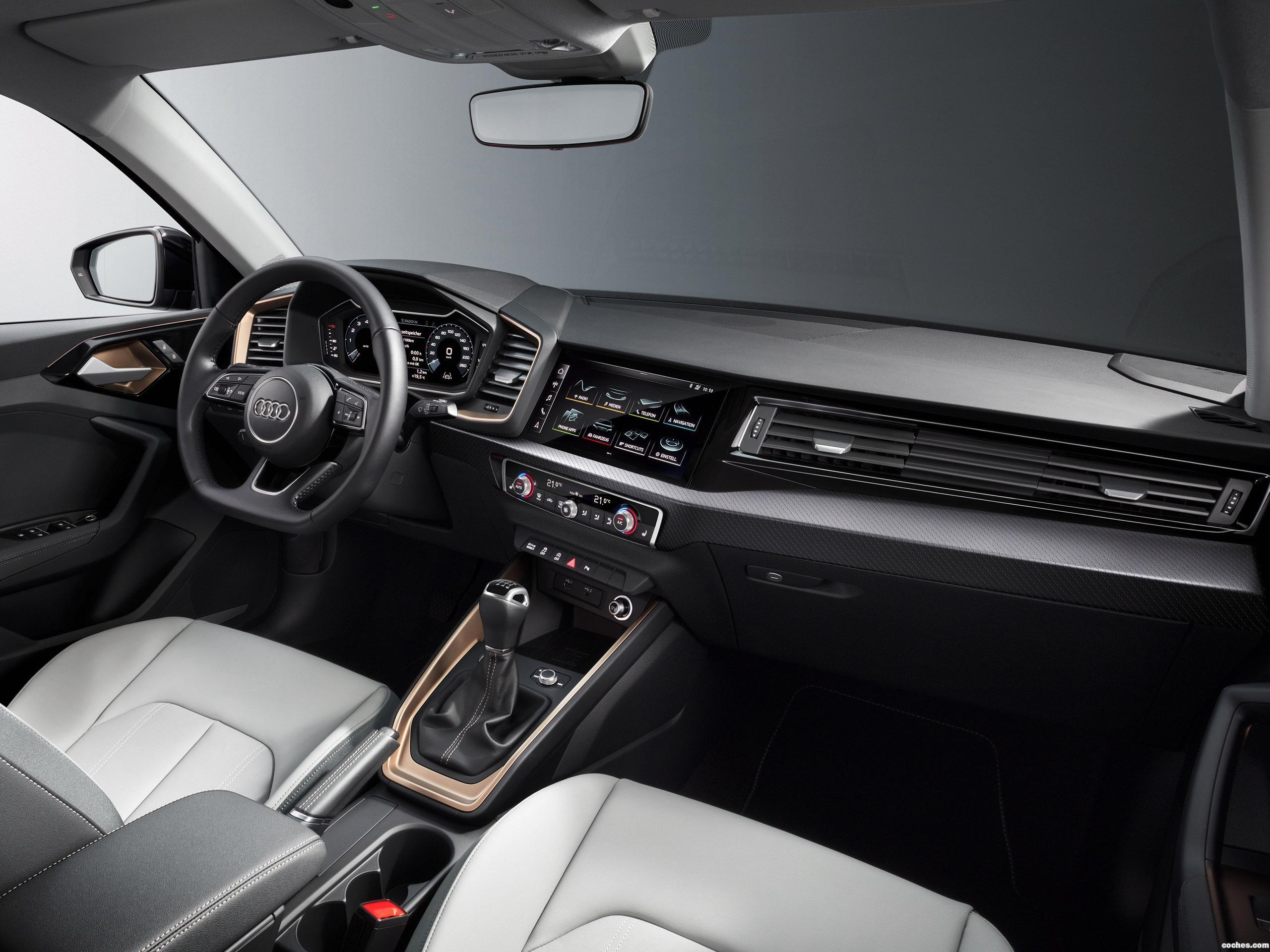 Foto 13 de Audi A1 Sportback 35 TFSI S Line Edition 2018