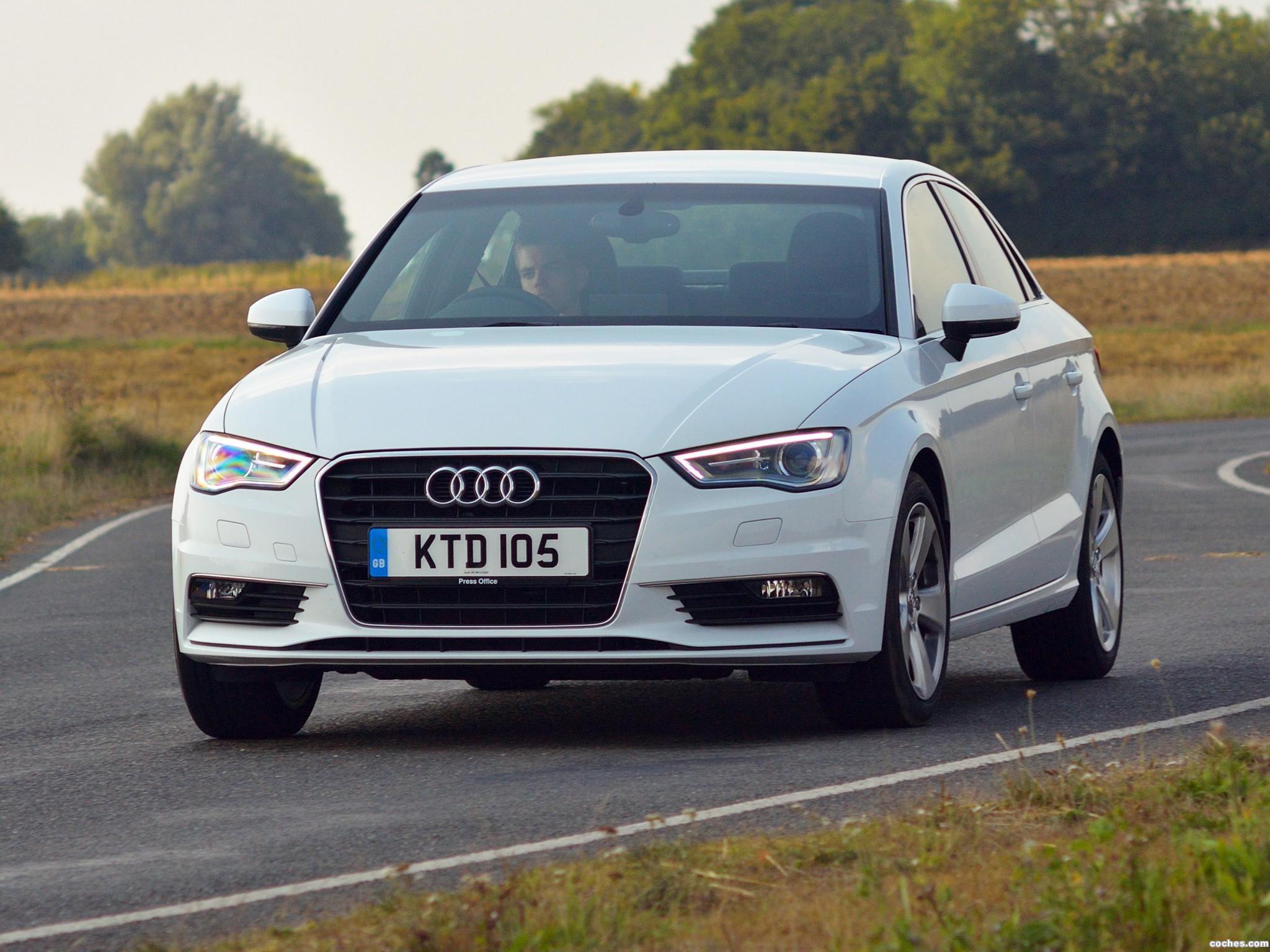 Foto 0 de Audi A3 Sedan 2.0 TFSI UK 2013