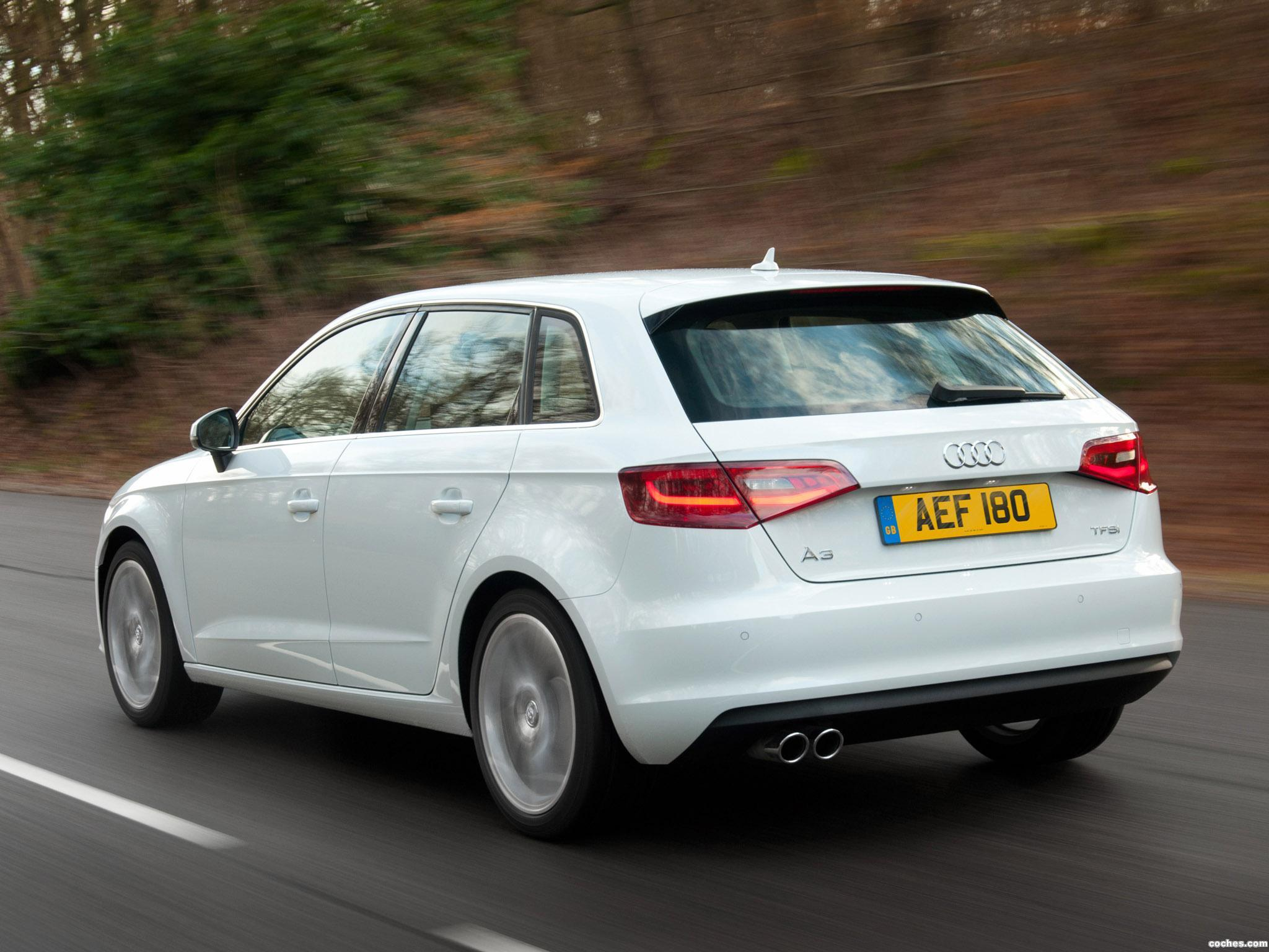 Foto 2 de Audi A3 Sportback 1.8T UK 2013