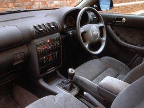 Ver foto 4 de Audi A3 UK 2000