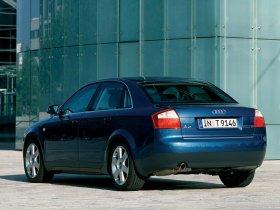 Ver foto 9 de Audi A4 Sedan 2000