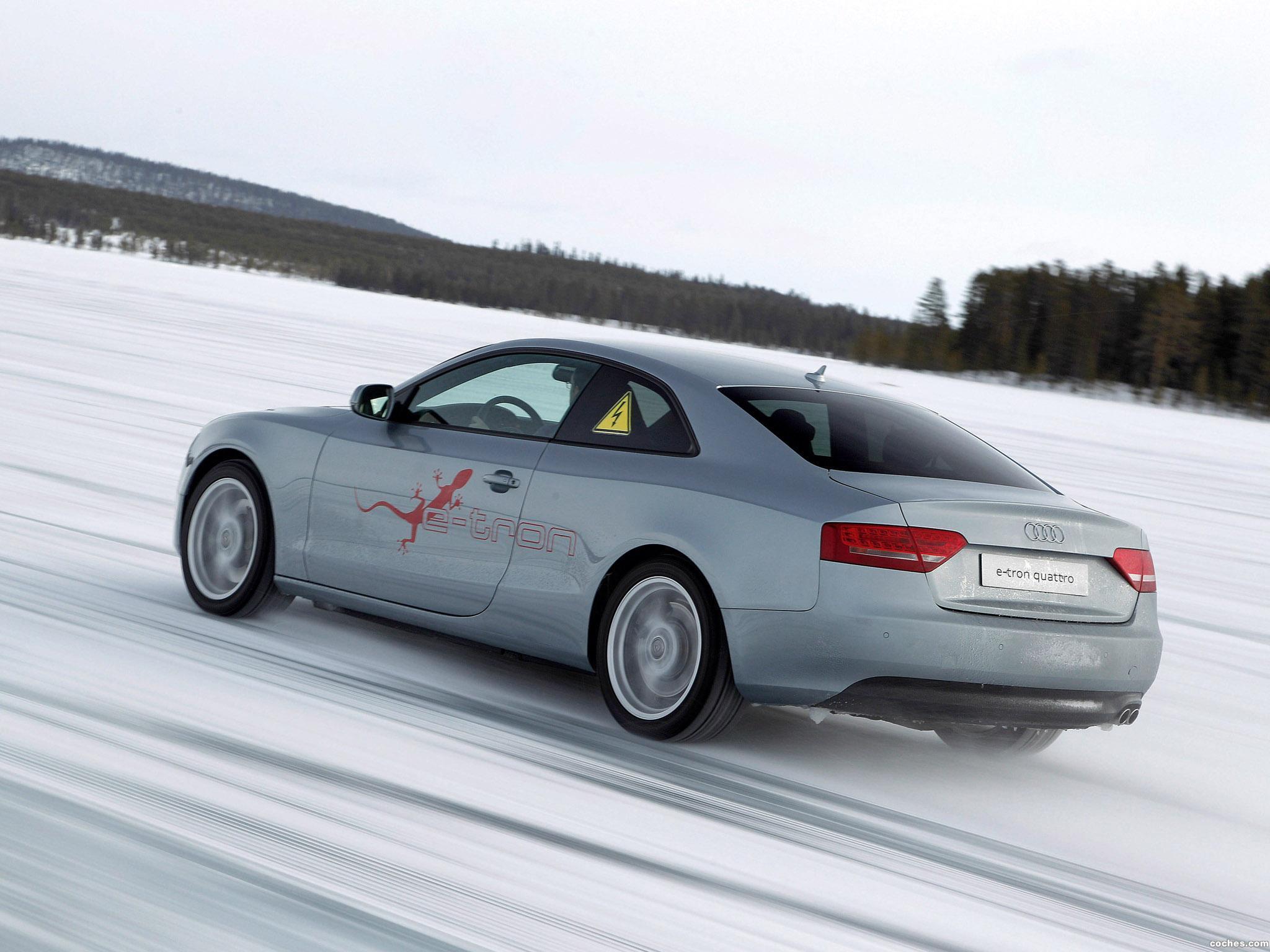 Foto 5 de Audi A5 e-tron Quattro Coupe 2011