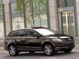 Ver foto 2 de Audi Q7 4.2 Quattro USA 2006